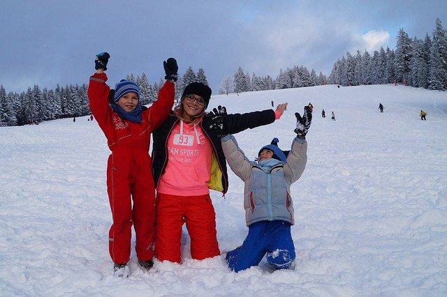 rodinné radoánky v zimě