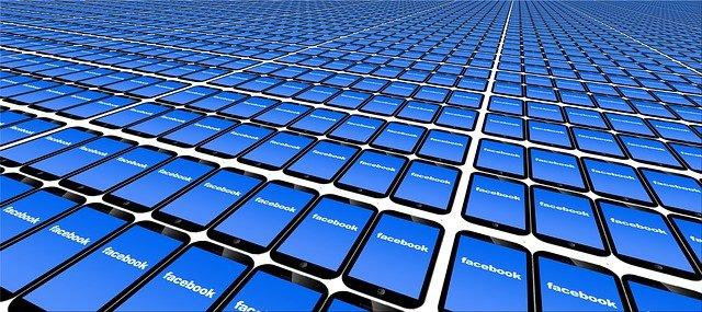 facebook v každém mobilu