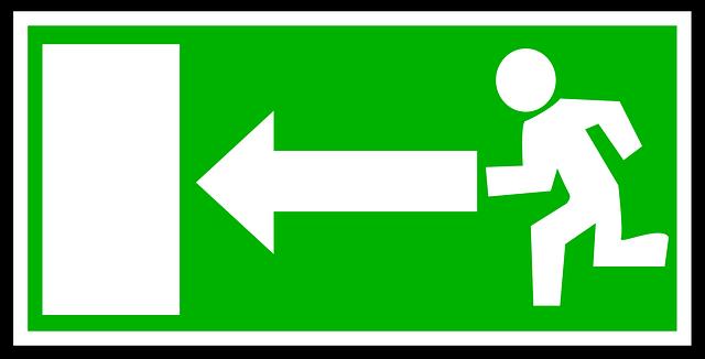 zelená značka únikového východu.png